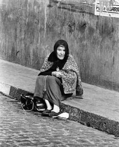 mujer-millonaria-vivia-como-indigente