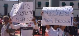 PROTESTA CONTRA LA INSEGURIDAD EN ECATEPEC VESTIDOS DE BLANCO