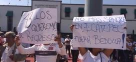 Protesta en Ecatepec vestidos de blanco 17 Noviembre 2014