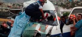 DOS MUERTOS EL SALDO DE CHOQUE DE COMBI EN LA MÉXICO PACHUCA